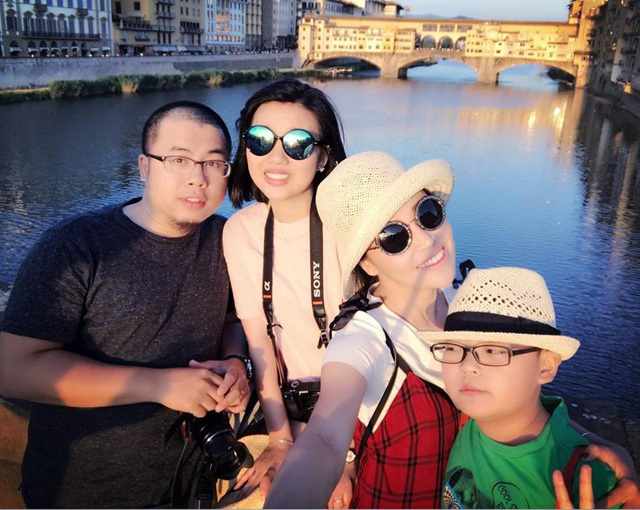 Tran Kien and his wife in Italy