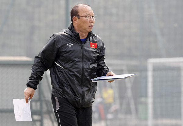 Vietnam's manager Park Hang-seo and his U23 team are preparing for Group K under the 2020 AFC U23 Championship qualification that will kick off in Hanoi later this month. (Photo: VFF)