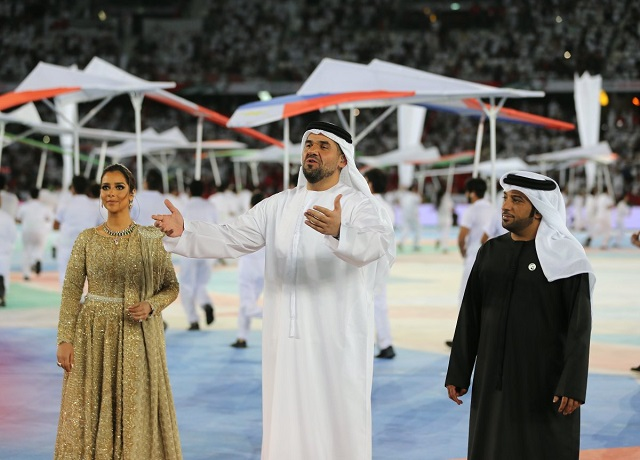 "Three famous UAE singers, Hussain Al Jassmi, Balqees Ahmed Fathi and Eida Al Menhali performed the tournaments theme song ""Zanaha Zayed"" (roughly translated: Bringing Asia together). (Photo: AFC)"
