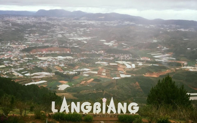 The Lang Biang Mountain is one of the best-known tourist attractions in Da Lat.