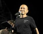 Lễ hội âm nhạc Gió mùa thành công, NS Quốc Trung bù tiền tiết kiệm