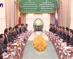 Chủ tịch nước gặp Thủ tướng Hunsen