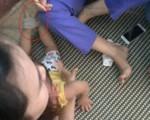 Quảng Bình: Bé 15 tháng tuổi bị 3 cô giáo mầm non bạo hành kinh hoàng