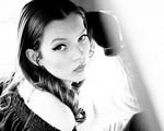 Ảnh hiếm của siêu mẫu Kate Moss năm 18 tuổi đáng giá nghìn USD