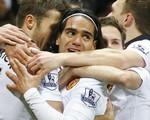 Van Gaal: Falcao không xứng 50 triệu bảng