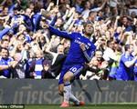 Hỏng ăn penalty, Hazard khéo sửa sai bằng đầu