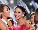 VIDEO: Người đẹp Philippines ngơ ngác đăng quang Hoa hậu Hoàn vũ 2015