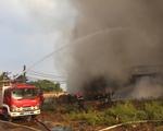 TP.HCM: Cháy lớn tại xưởng bông rộng cả ngàn mét vuông