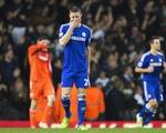 Mở hàng 2015 thất bại, Chelsea chia sẻ ngôi đầu với Man City