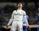 Cận cảnh: C.Ronaldo ghen ăn tức ở trong ngày Bale tỏa sáng