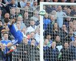 Lập đại công cho Chelsea, người hùng Hazard vẫn khiêm tốn