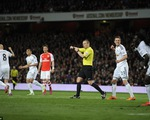Arsenal 0-1 Swansea: Trở lại mặt đất