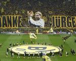 CĐV Dortmund làm lễ chia tay hoành tráng dành cho Jurgen Klopp
