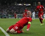 Vòng loại Euro 2016: Rooney lập đại công, ĐT Anh duy trì mạch toàn thắng
