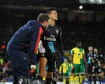 Hòa thất vọng Norwich, Arsenal mất luôn Koscielny, Sanchez