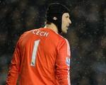 Petr Cech chính thức tới kiểm tra y tế ở Arsenal