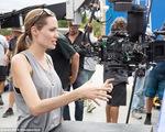 Angelina Jolie làm phim về Campuchia vì con trai