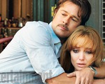 Angelina Jolie: 'Brad và tôi cũng trục trặc như bất cứ ai'