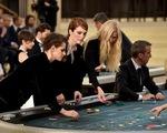 Chanel biến sàn diễn thời trang thành sòng bạc cao cấp