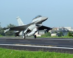 Iraq tiếp nhận máy bay F-16 của Mỹ để chống IS