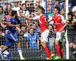 HLV Wenger: Diego Costa đáng phải nhận 2 thẻ đỏ