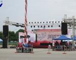 Không khí chuẩn bị trước giờ bắn pháo hoa dịp Quốc khánh tại Hà Nội