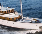 Johnny Depp bán du thuyền vì vợ trẻ