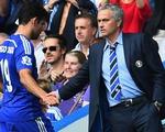 Tức giận vì không được vào sân, Diego Costa ném áo tập vào HLV Mourinho