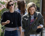 Mẹ của Kristen Stewart khẳng định tình yêu đồng giới của con gái