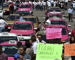 Lái xe taxi ở Mexico biểu tình phản đối Uber