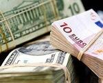 Dự trữ ngoại hối toàn cầu sụt giảm