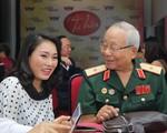Nhà báo Tạ Bích Loan tham gia ghế đỏ của Giai điệu tự hào tháng 9