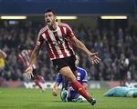 Chelsea 1-3 Southampton: Pelle nhấn chìm The Blues (H2)