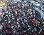 Chính phủ nhất trí đề xuất tạm dừng thu phí sử dụng đường bộ với xe máy