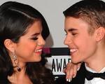 Selena hạnh phúc vì Justin trưởng thành hơn xưa