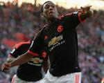 Martial tiếp tục tỏa sáng, Man Utd vượt ải Southampton lên ngôi nhì bảng