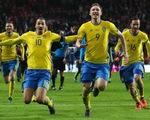Siêu phẩm sút phạt của Ibrahimovic đưa Thụy Điển đến Euro 2016