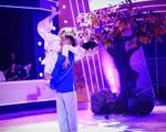 Bước nhảy ngàn cân 2015: Hoài Linh khóc tâm sự về mẹ