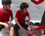 Thùy Anh phải khâu đầu gối khi tham gia Cuộc đua kỳ thú 2015