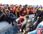 Na Uy cứu gần 800 người nhập cư trên biển Địa Trung Hải