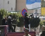 Tổng thống từ chức, Yemen chìm sâu vào bất ổn