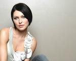 Vẻ đẹp cá tính của nữ MC The Voice Anh 2017