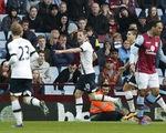 Harry Kane tỏa sáng, Tottenham thổi lửa vào lưng Leicester City