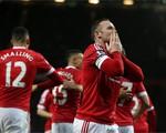 Hàng công bùng nổ, Man Utd rửa hận thành công trước Stoke City