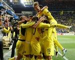 Bán kết Europa League: Liverpool thua đau phút bù giờ