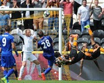 Leicester City thua sấp mặt trong ngày ra quân: Bão về!
