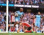 Cựu sao trẻ Man Utd phản lưới, dâng 3 điểm cho Man City