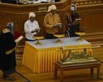 Tổng thống mới tuyên thệ nhậm chức, Myanmar chính thức chuyển giao quyền lực