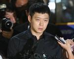 Park Yoochun lộ mặt tiều tụy, cần 2 luật sư bào chữa