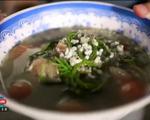 Canh trứng kiến: Món ăn gây thương nhớ khi đến Lào